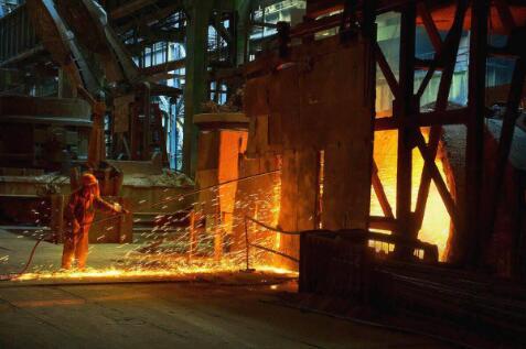 开创先例 中国钢铁产业生产商降低美国补偿性关税